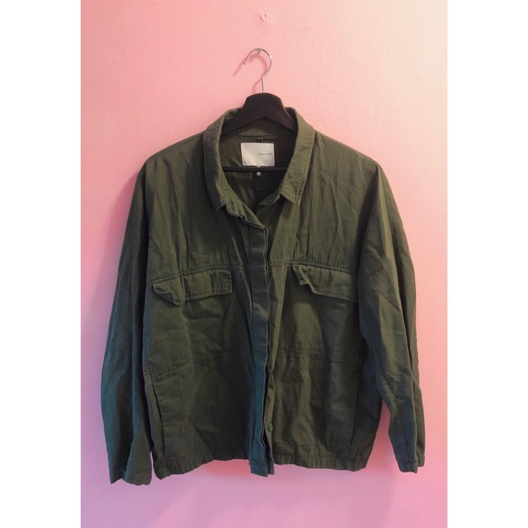 💥3 for $20💥 Oak & Fort Cropped Army Shirt